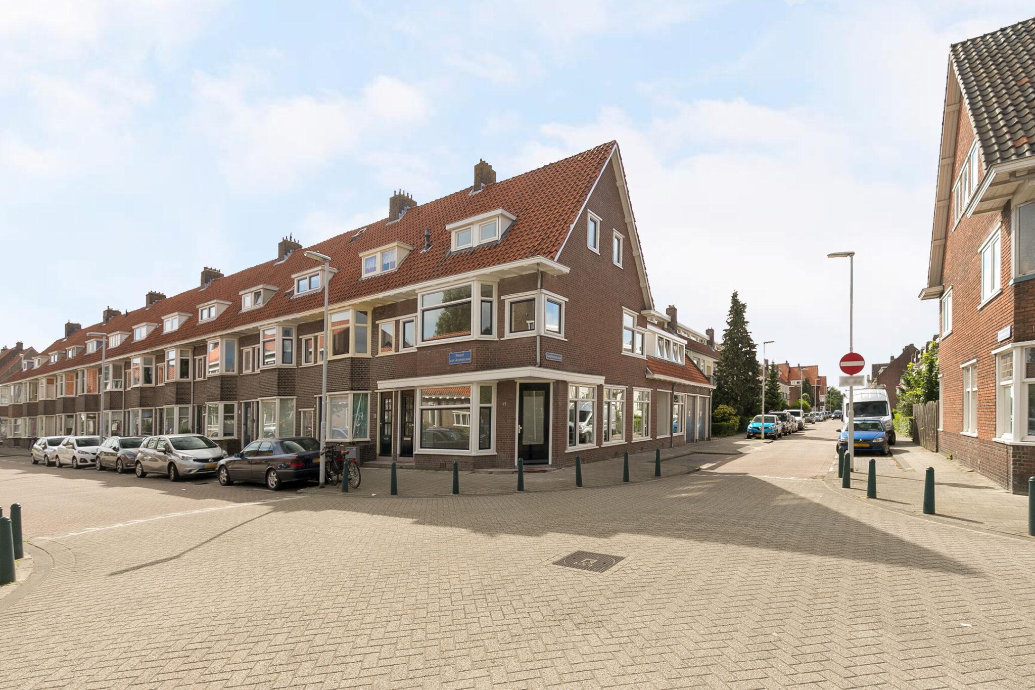 Pieter van Aschstraat 2B hoek