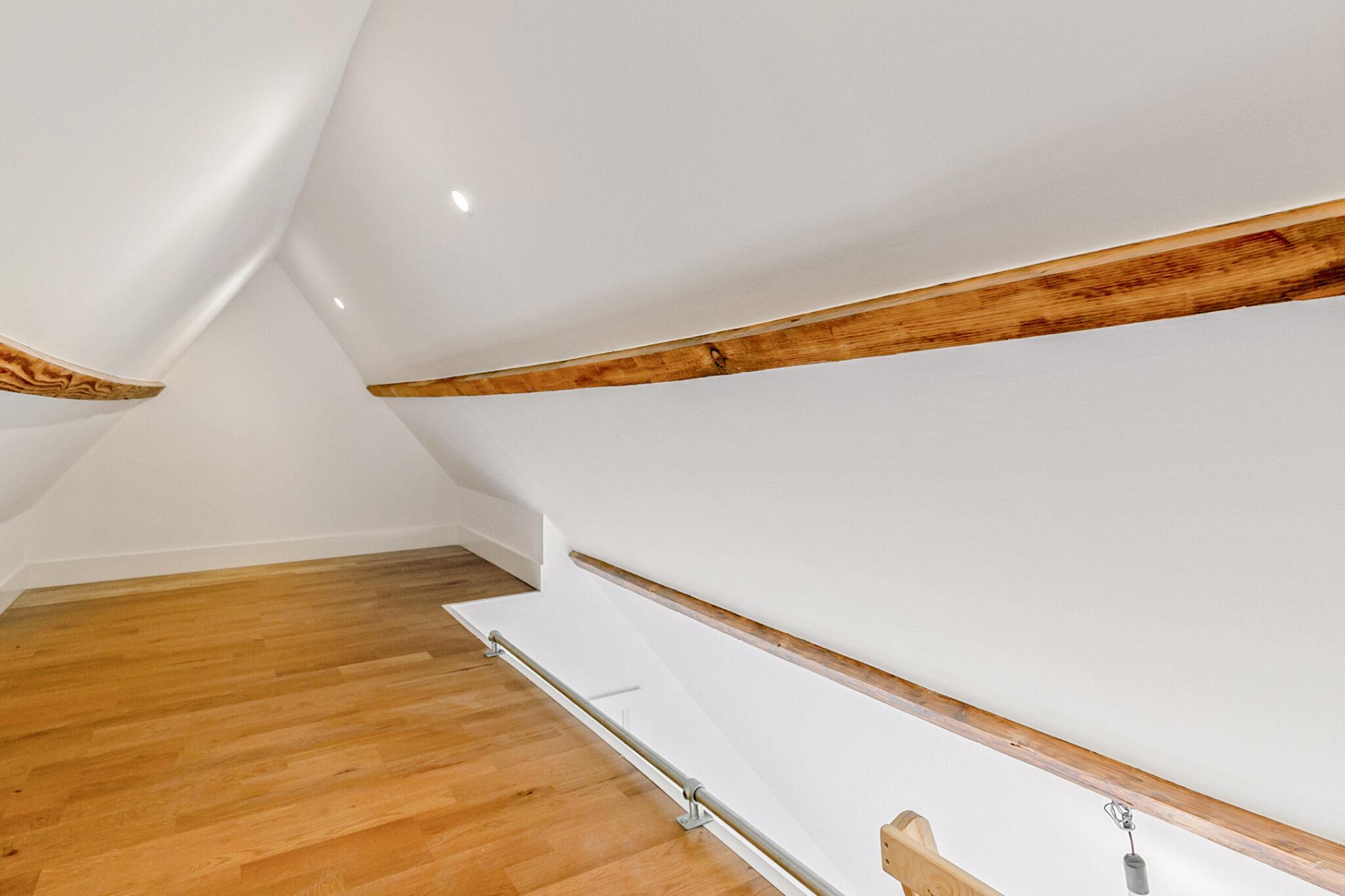 Pieter van Aschstraat 2B slaapkamer met ruime vliering annex slaap-speelplek
