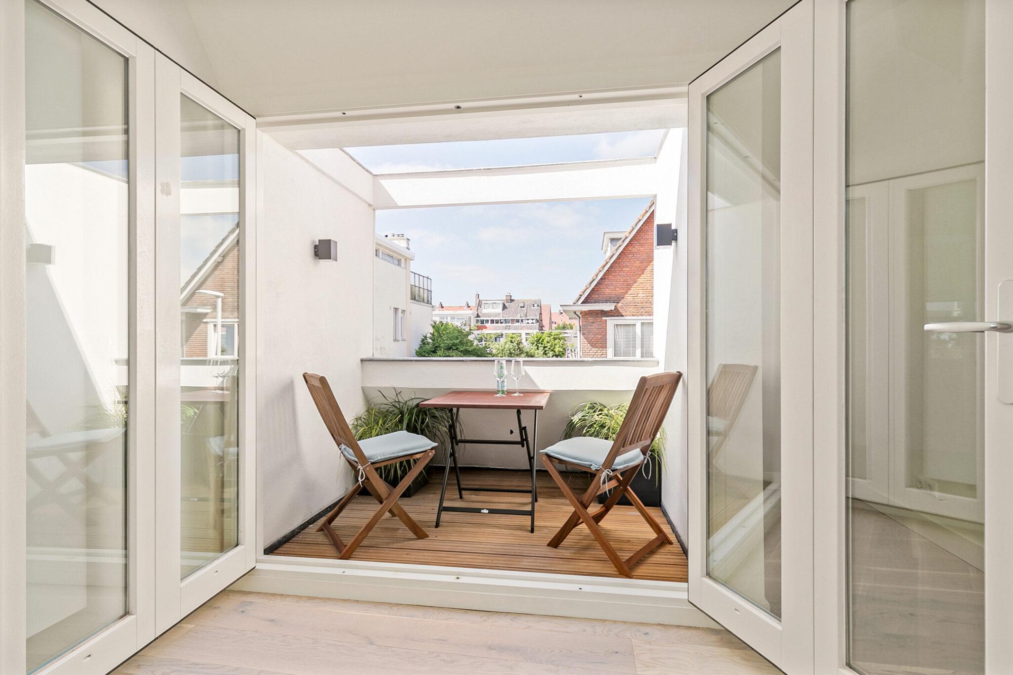 Pieter van Aschstraat 2B terras met volledig openslaande deuren