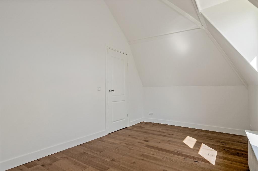 Zwart Janstraat 137A - slaapkamer voorzijde2